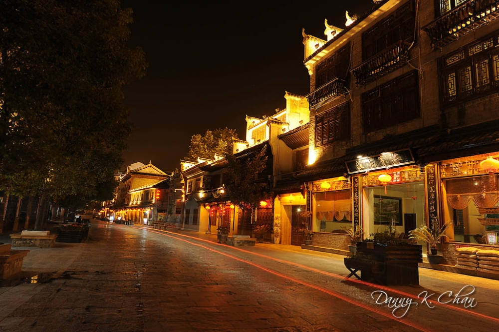101107_Night view of the Old Town Main Street. jpg.jpg